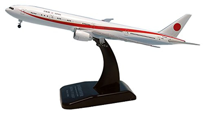 全日空商事 1/500 B777-300ER N509BJ 次期政府専用機 シンプル ディティール プラスチックスタンドつき 完成品