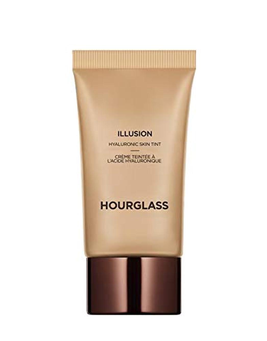 動詞寛解肩をすくめるHOURGLASS Illusion® Hyaluronic Skin Tint 1 oz/ 30 mL (Honey)