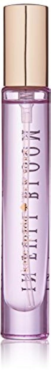 好意北東抑制するIn Full Bloom(イン フル ブルーム) 0.34 oz (10ml) EDP Travel Spray by Kate Spade for Women
