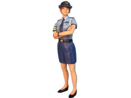 オーロラモデル 1/32フィギュア 婦人警官 1/35~1/32 ガレージキット SK05