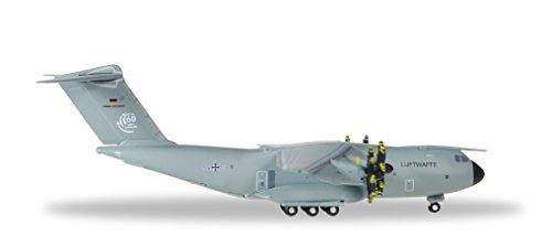herpa 1/500 A400M ドイツ空軍 LTG 62 第62空輸航空団 54+03の詳細を見る