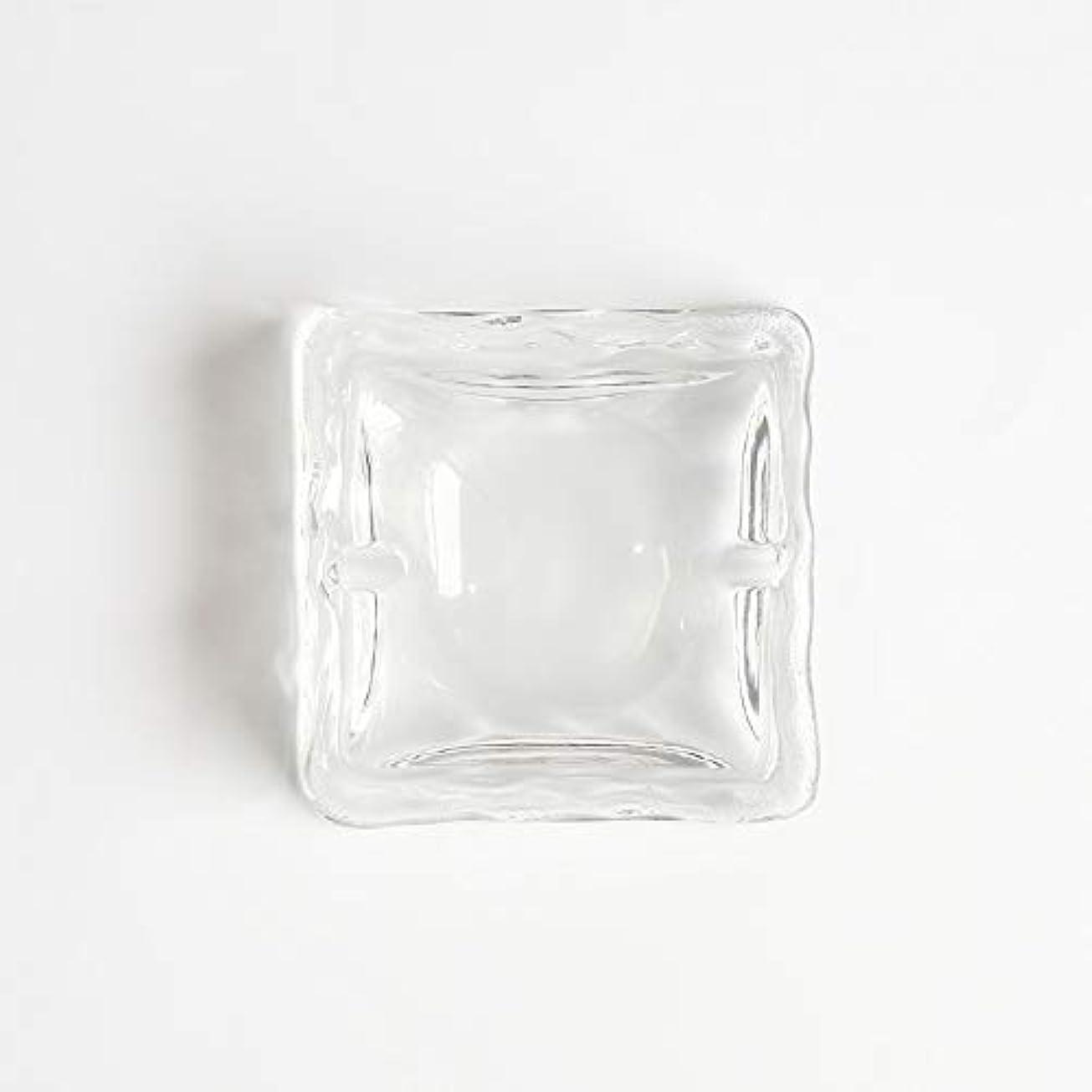 積分ウイルス政令クリエイティブ屋外セラミックス灰皿ホームオフィスの卓上美しい装飾工芸品 (色 : クリア)