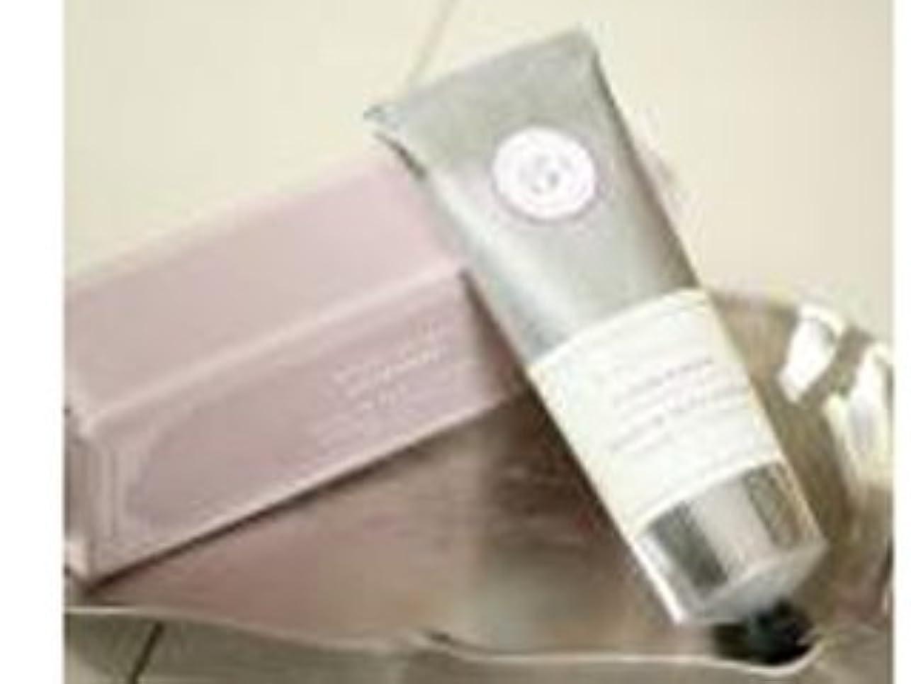 不平を言う密正午K. Hall 3.4 oz Shea Hand & Body Cream Lavender [並行輸入品]