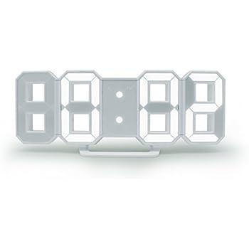 暗闇に数字が浮かび上がる 3Dデザイン LED時計 TriClock