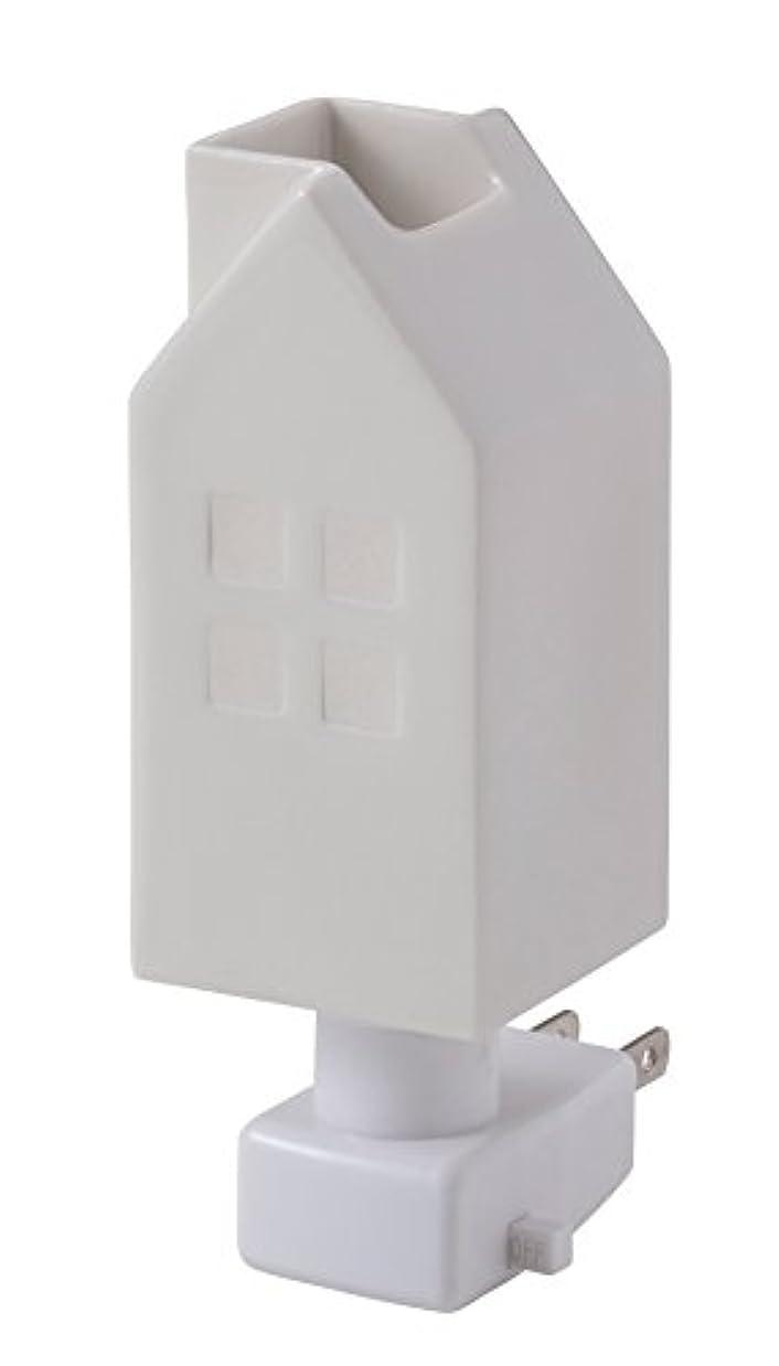 金属子供達復活させるイシグロ デザイン小物 W4.8×D4.8×H13cm ハウスアロマライトコンセント型 ホワイト 20076