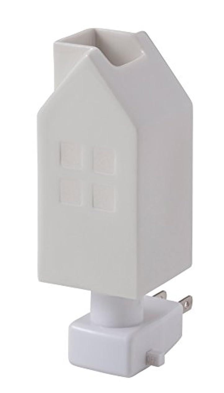 白内障怖がらせる温帯イシグロ デザイン小物 W4.8×D4.8×H13cm ハウスアロマライトコンセント型 ホワイト 20076