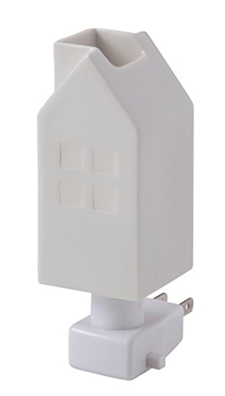 発生する入札セールイシグロ デザイン小物 ホワイト W4.8×D4.8×H13cm ハウスアロマライトコンセント型 ホワイト 20076