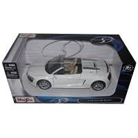 Audi r8 Spyder v10 White 1 : 24 DiecastモデルCar by Maisto Tech