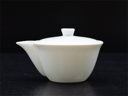 お茶屋のプロが使用する 白磁製宝瓶・泡瓶(ほうひん)急須 手抜...