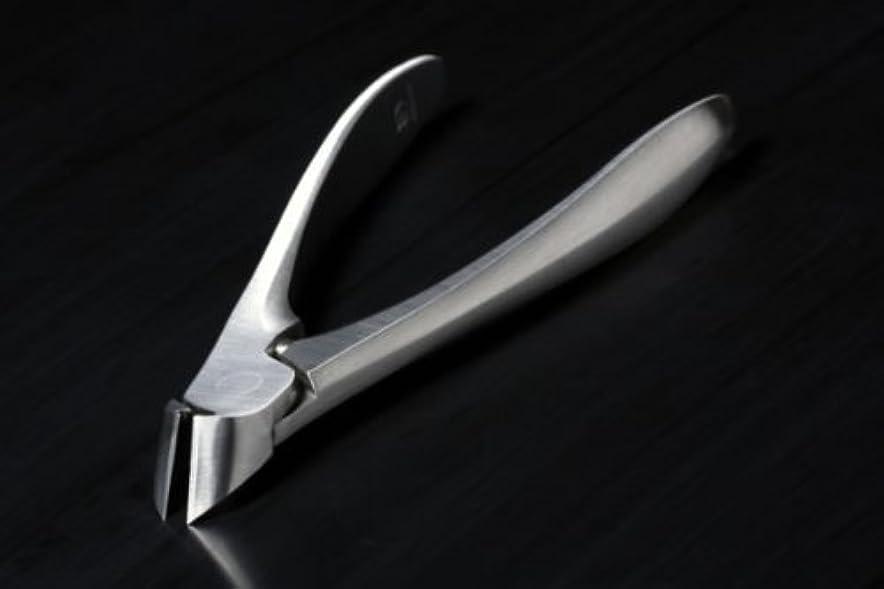 引き渡す三角形クリスチャンSUWADA (スワダ)爪切り クラシック 足用 (収納ケース付)