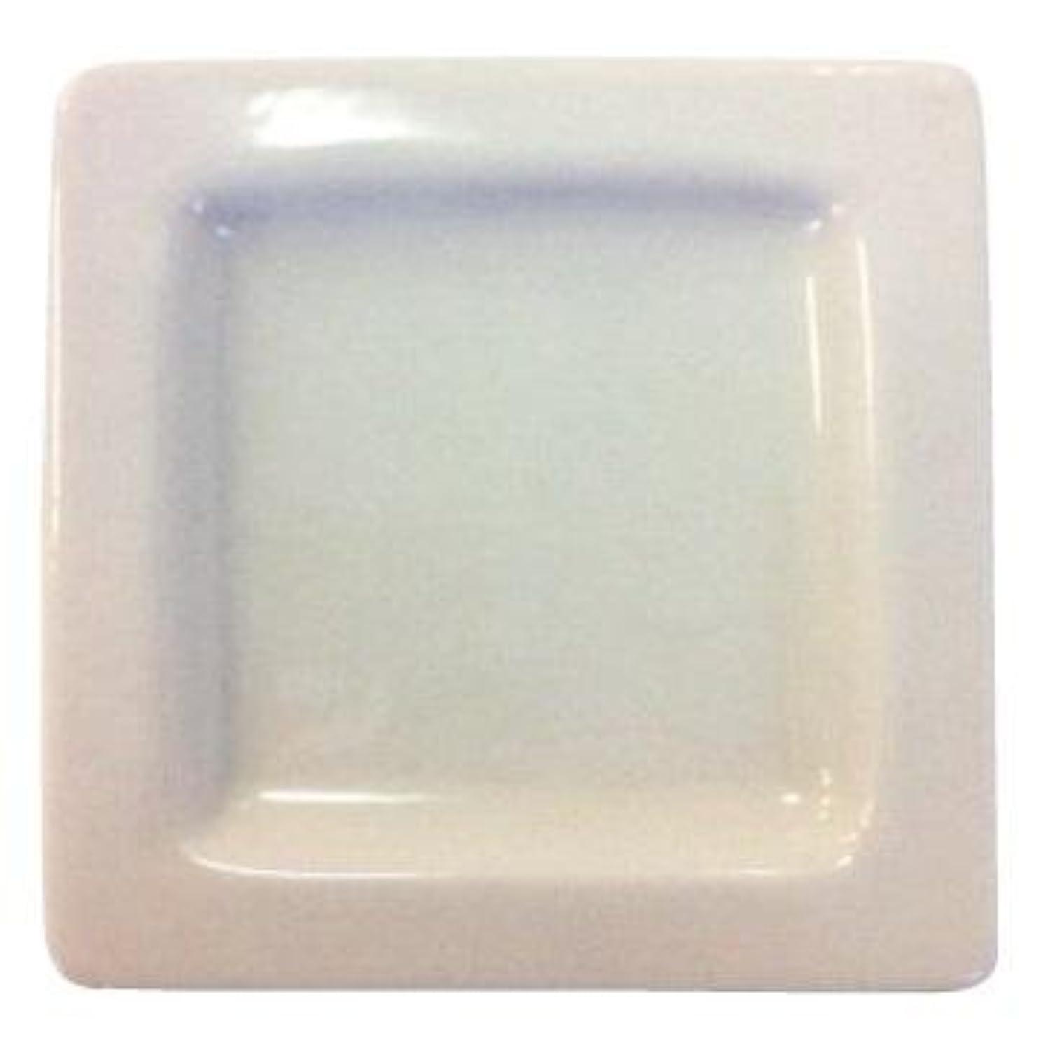 秘書揃える純度生活の木 アロマランプL アイビー用精油皿(上皿)