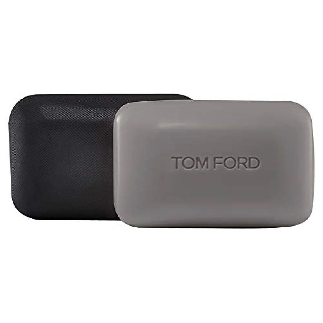 好奇心盛ふけるこどもの宮殿[TOM FORD] トムフォードウードウッドソープバー150グラム - Tom Ford Oud Wood Soap Bar 150g [並行輸入品]