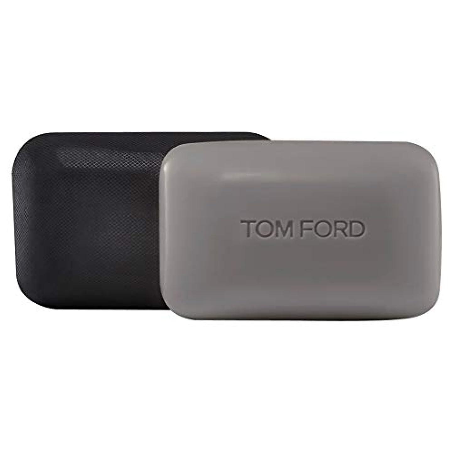 有力者バイオレット一族[TOM FORD] トムフォードウードウッドソープバー150グラム - Tom Ford Oud Wood Soap Bar 150g [並行輸入品]