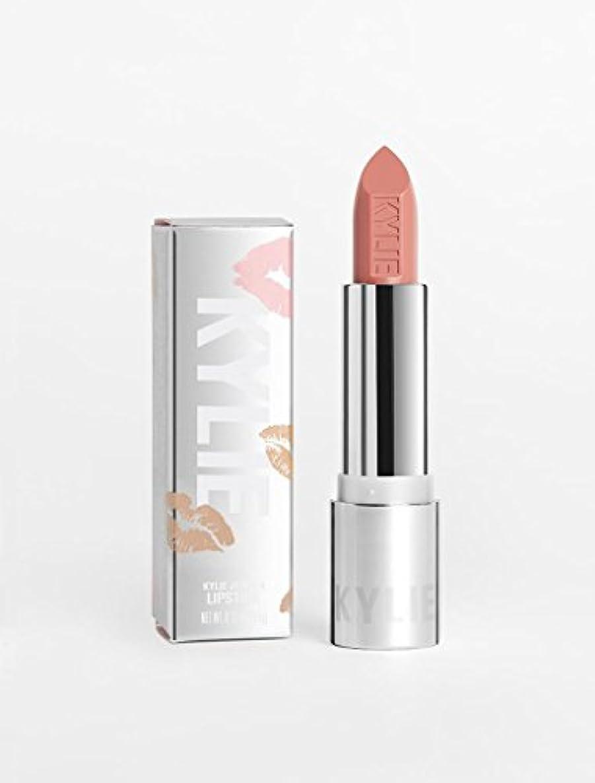 吸収剤政治的調和のとれたKYLIE COSMETICS Crème Lipstick カイリー コスメ クリームリップスティック (Crème Brulee)