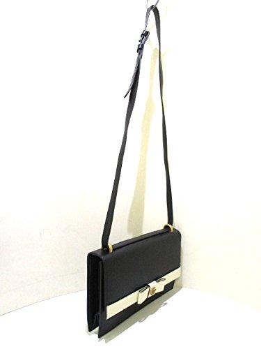 super popular 4dcaf e216b グッチ) GUCCI ショルダーバッグ GGマーモント 黒×アイボリー ...