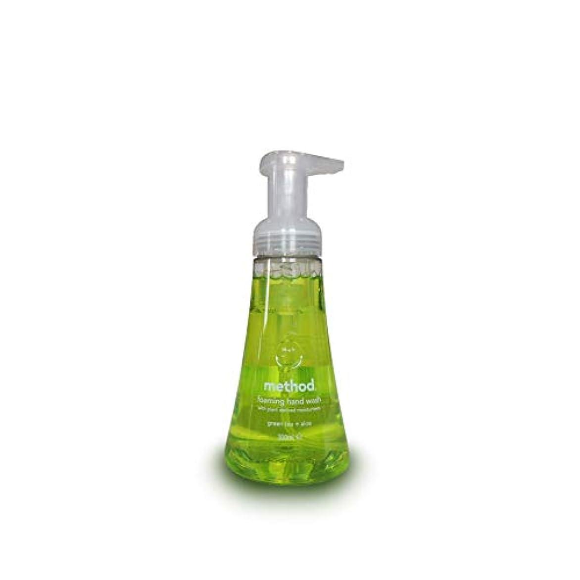 ピック攻撃くるくるMethod Foam Hand Wash Green Tea Aloe 300 ml (Pack of 3)