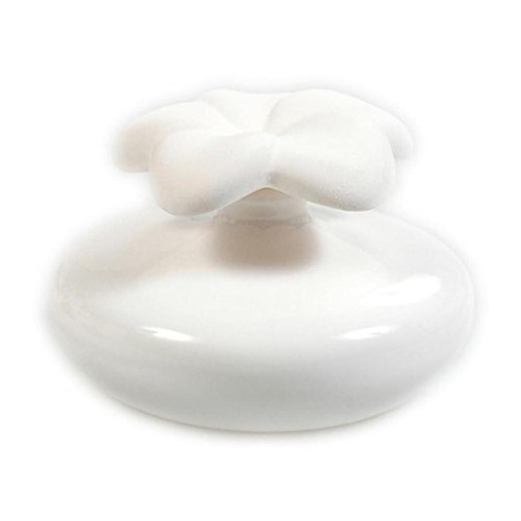 確実好意収束するMillefiori FIORE ルームフレグランス用 花の形のセラミックディフューザー Mサイズ ホワイト LDIF-FM-001