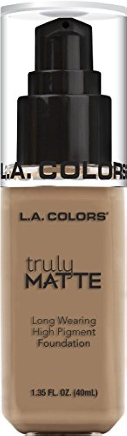 行列解体するさびたL.A. COLORS Truly Matte Foundation - Cool Beige (並行輸入品)