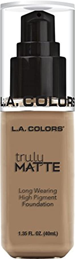 電極全員予算L.A. COLORS Truly Matte Foundation - Cool Beige (並行輸入品)
