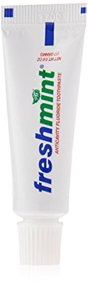 ナプキン継続中またはFreshmint - 0.6 oz Freshmint Fluoride Toothpaste (Cases of 144 items) by Freshmint