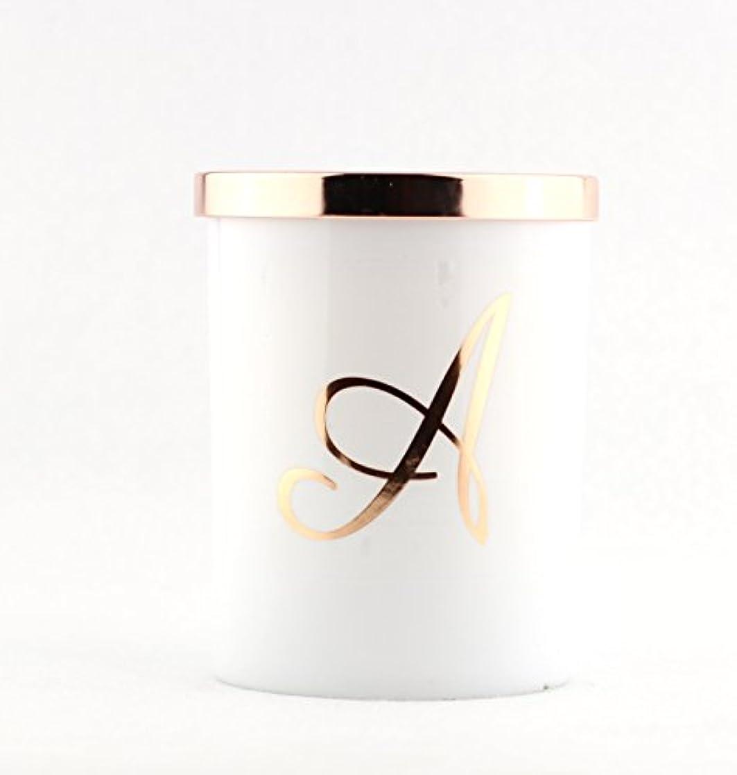 仕出します民主党後継Scentsational Soaps &キャンドル自然大豆Monogram Candle A、C、K、L、M、S – --タバコバニラ jar