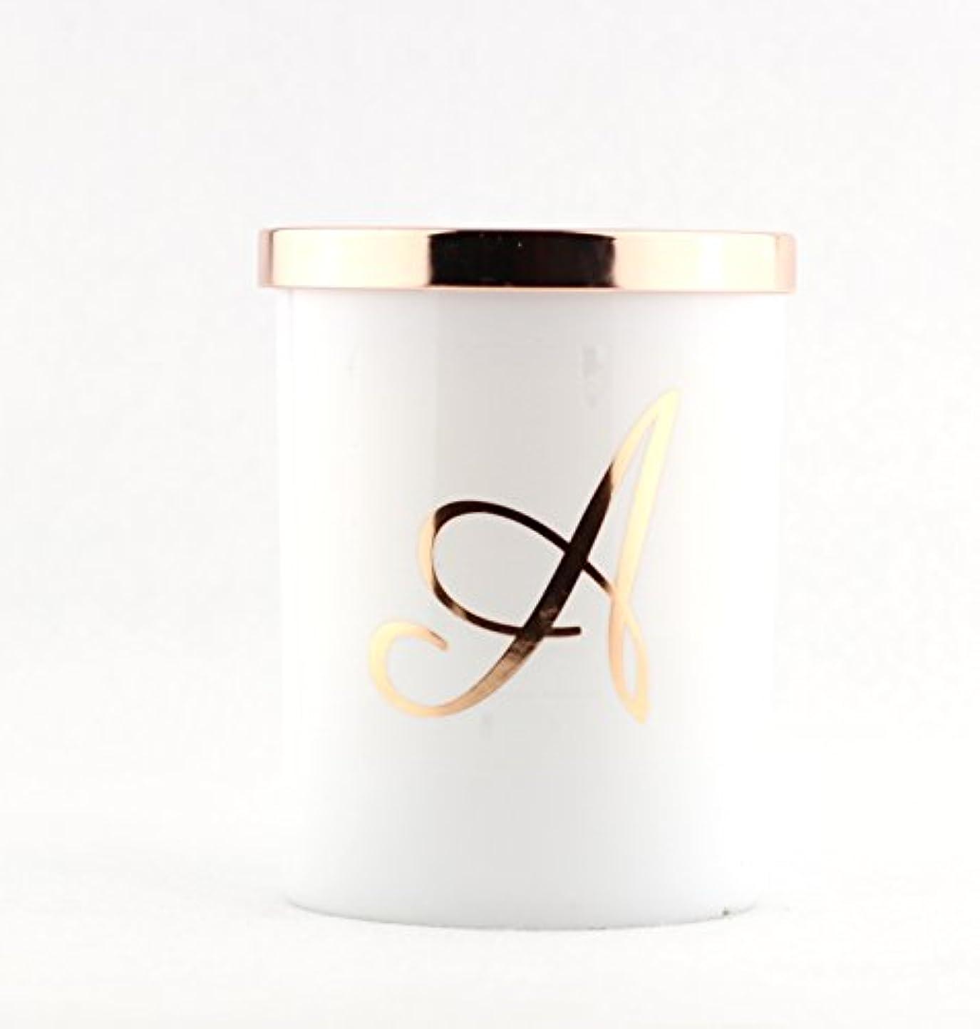 引数好きである行為Scentsational Soaps &キャンドル自然大豆Monogram Candle A、C、K、L、M、S – --タバコバニラ jar