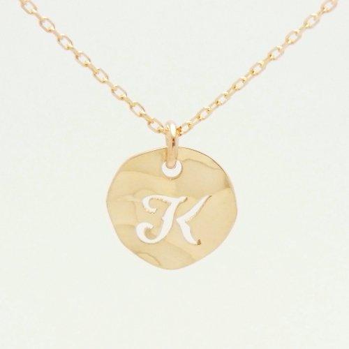 Initial K 18金製 K18 gold ゴールド (日本製 Made in Japan) (金属アレルギー対応) イニシャル 「K」 波型 プレート ペンダント ネックレス チェーン ジュエリー (Amazon.co.jp 限定) [HJ] (40 センチメートル)