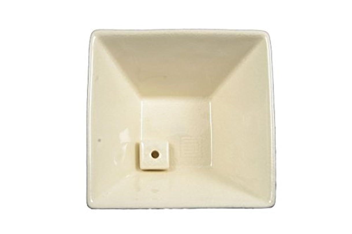 パズル運搬持参縁 香器 白磁色