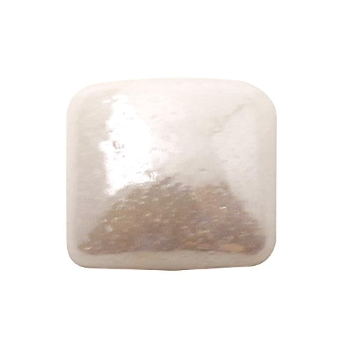 心配する絶壁調停者グラスパールスクエア 4x4mm(各30個) ホワイト