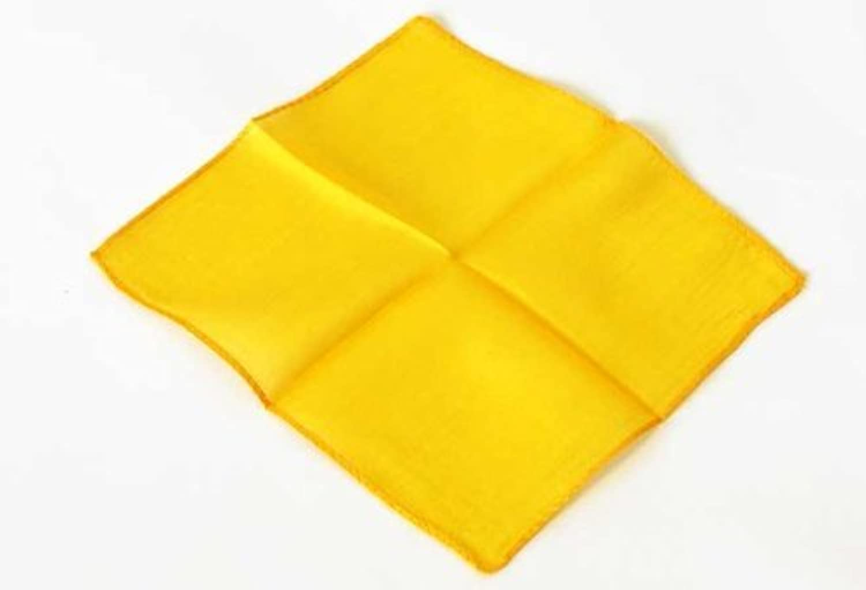 Magic Makers 6 Inch Golden Yellow Color Silk - Professional Grade by Magic Makers [並行輸入品]