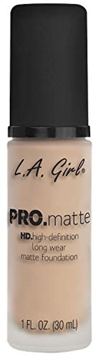 圧縮された解く知っているに立ち寄るL.A. GIRL Pro Matte Foundation - Porcelain (並行輸入品)