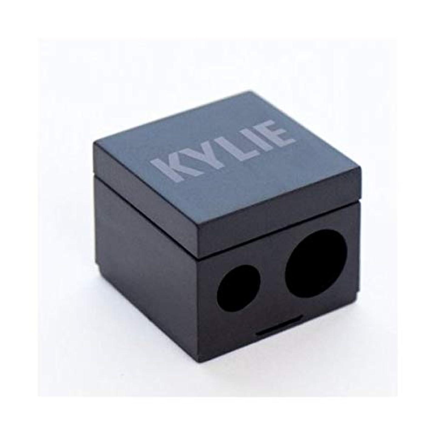 基準ポジションブレイズkyliecosmetics カイリージェンナー カイリーコスメ KYLIE | PENCIL SHARPENER ペンシル削り 鉛筆削り