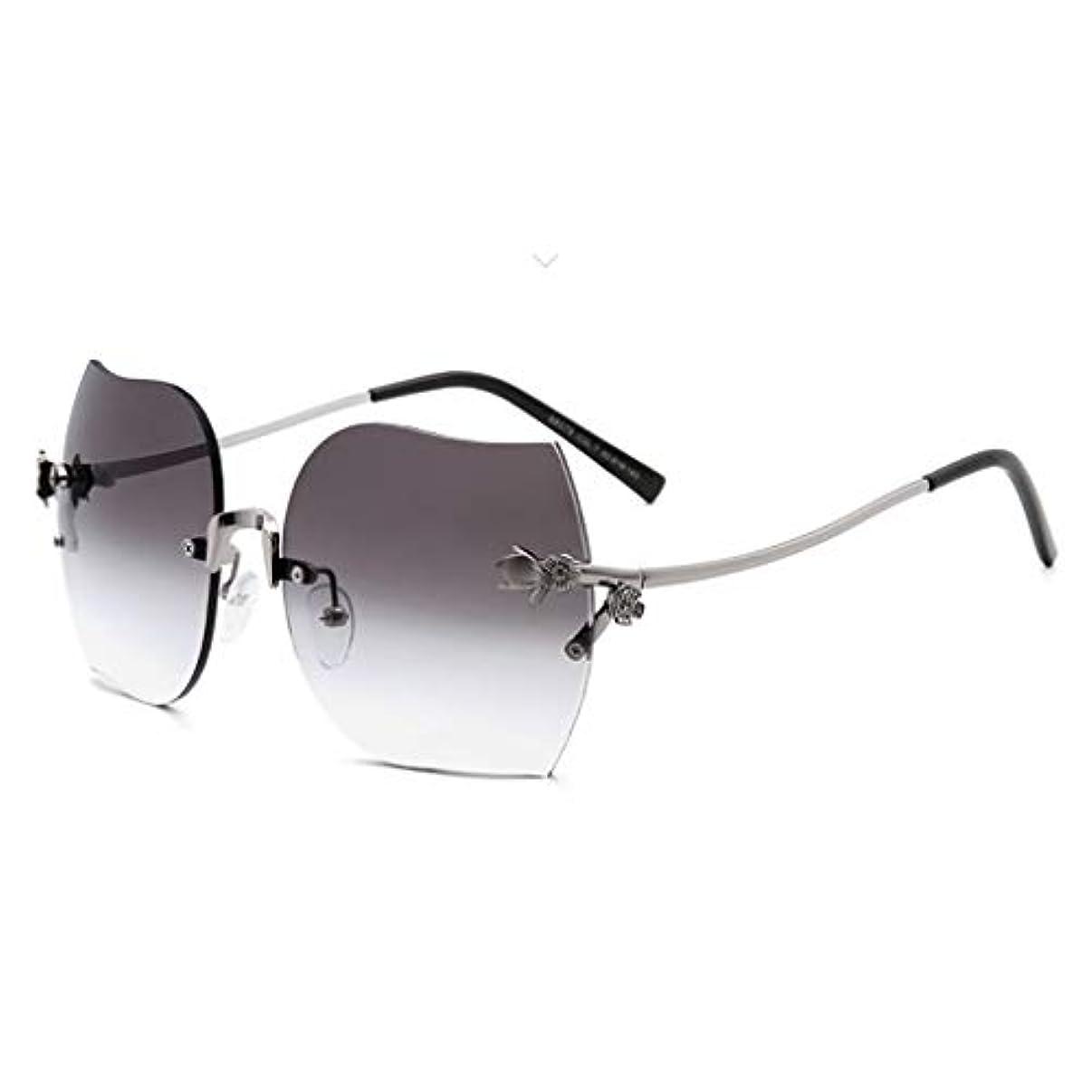 リス骨折とげVintage Half Round Sunglasses、女性クラシックレトロデザインスタイルブラウン用