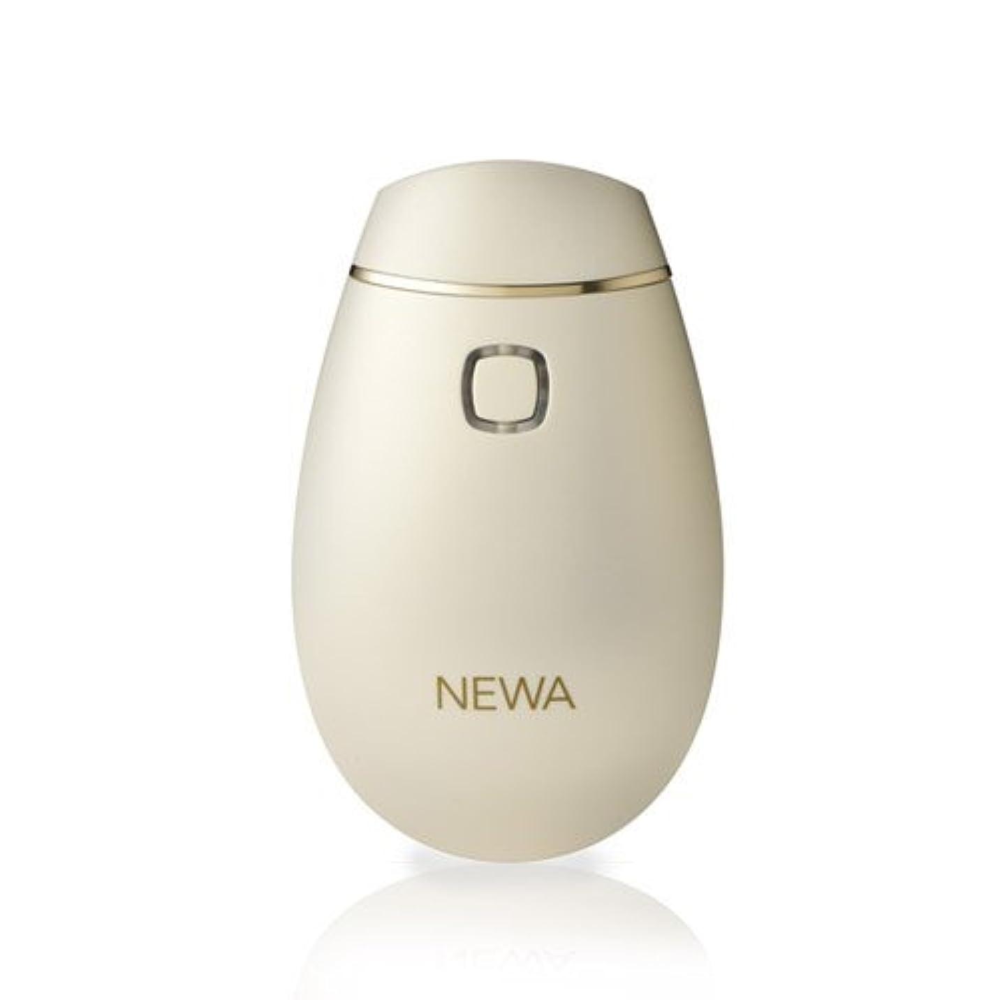 第二にフォーカスより多い【ひきしめ専用】美顔器 NEWAリフト (シャンパンゴールド) ニューアリフト 引きしめ たるみ ほうれい線 美顔器 フェイスライン 美容 エイジングケア