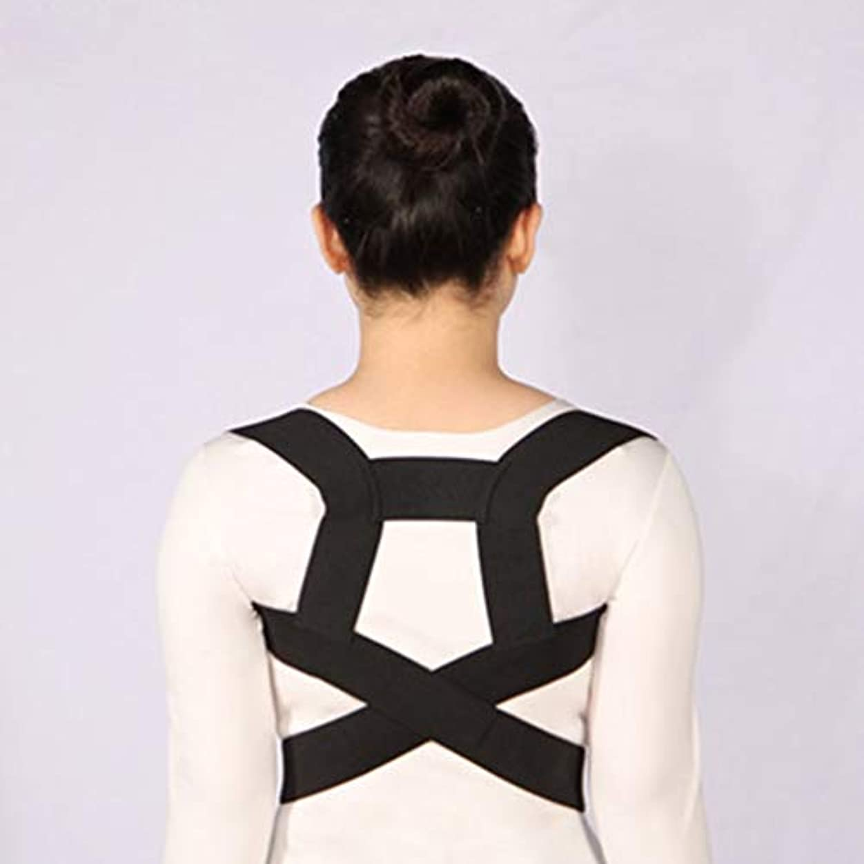 姿勢矯正側弯症ザトウクジラ補正ベルト調節可能な快適さ目に見えないベルト男性女性大人シンプル - 黒