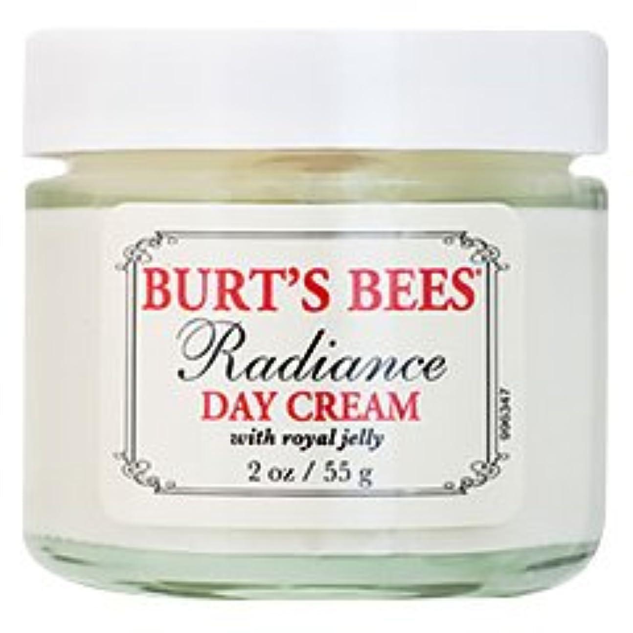 スクラッチたっぷり心のこもったバーツビーズ(Burt's Bees) ラディアンス デイクリーム(ロイヤルジェリー) 55g [海外直送品][並行輸入品]