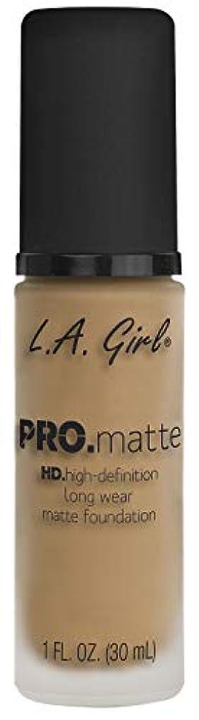 地殻流行ウィスキーL.A. GIRL Pro Matte Foundation - Sandy Beige (並行輸入品)