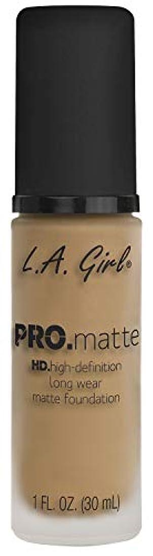 持つメナジェリー辞書L.A. GIRL Pro Matte Foundation - Sandy Beige (並行輸入品)