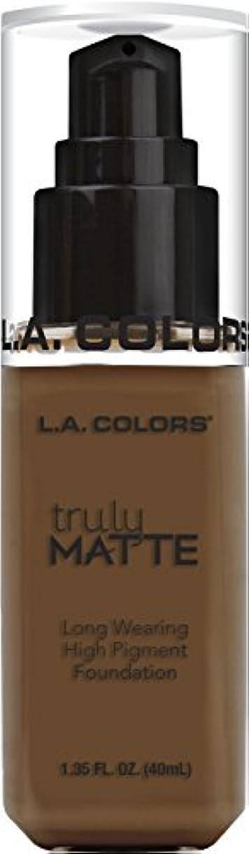 洗練されたじゃがいも小人L.A. COLORS Truly Matte Foundation - Mahogany (並行輸入品)