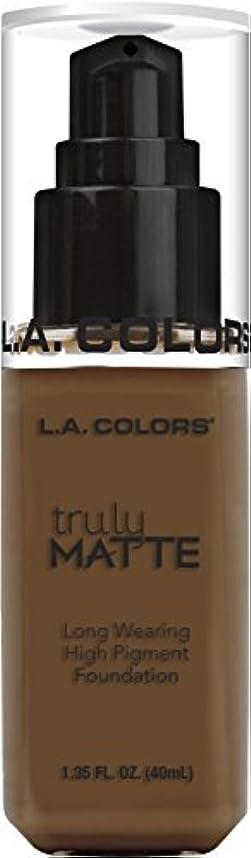 臨検苦難魅力的L.A. COLORS Truly Matte Foundation - Mahogany (並行輸入品)