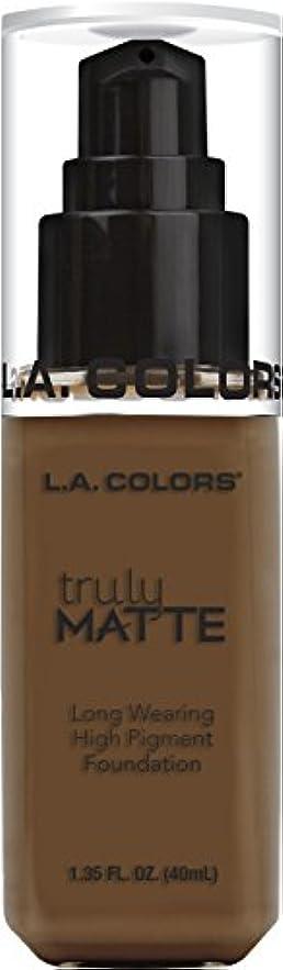 色合い一杯南西L.A. COLORS Truly Matte Foundation - Mahogany (並行輸入品)