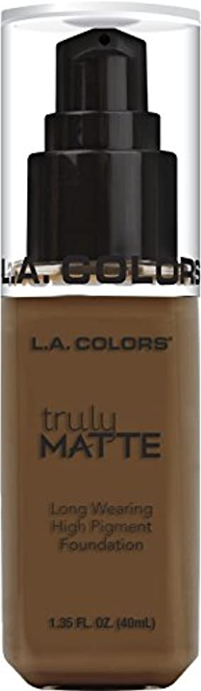 無能収縮L.A. COLORS Truly Matte Foundation - Mahogany (並行輸入品)
