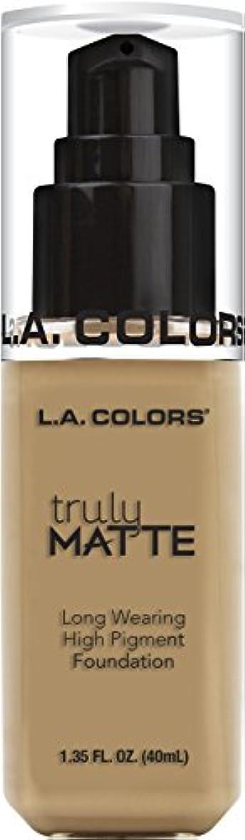 舌な厳密に必要ないL.A. COLORS Truly Matte Foundation - Medium Beige (並行輸入品)