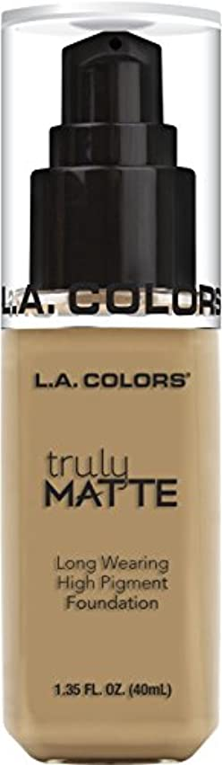 だらしない実際余剰L.A. COLORS Truly Matte Foundation - Medium Beige (並行輸入品)
