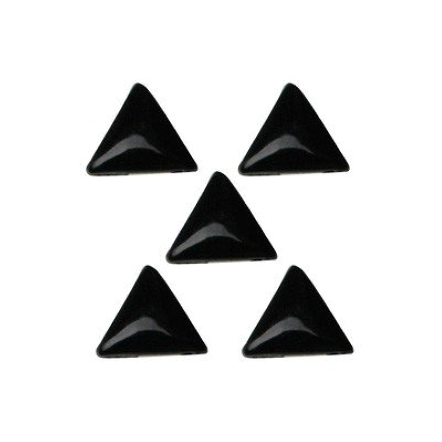みすぼらしいどう?のホストB151 エムプティ プレミアムスタッズ made in Japan/トライアングル 3×3mm