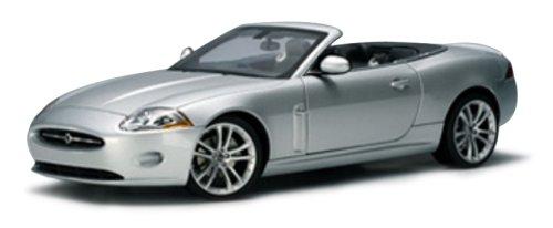 AUTOart 1/18 ストリートシリーズ ジャガー XK カブリオレ '06 (シルバー) 完成品