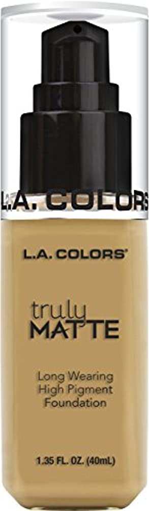 批判的に反動株式L.A. COLORS Truly Matte Foundation - Nude (並行輸入品)