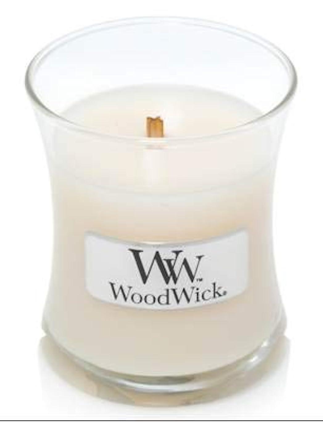 繰り返したすごいテンポWoodWick ホワイトハニーミニ砂時計香り付きジャーキャンドル