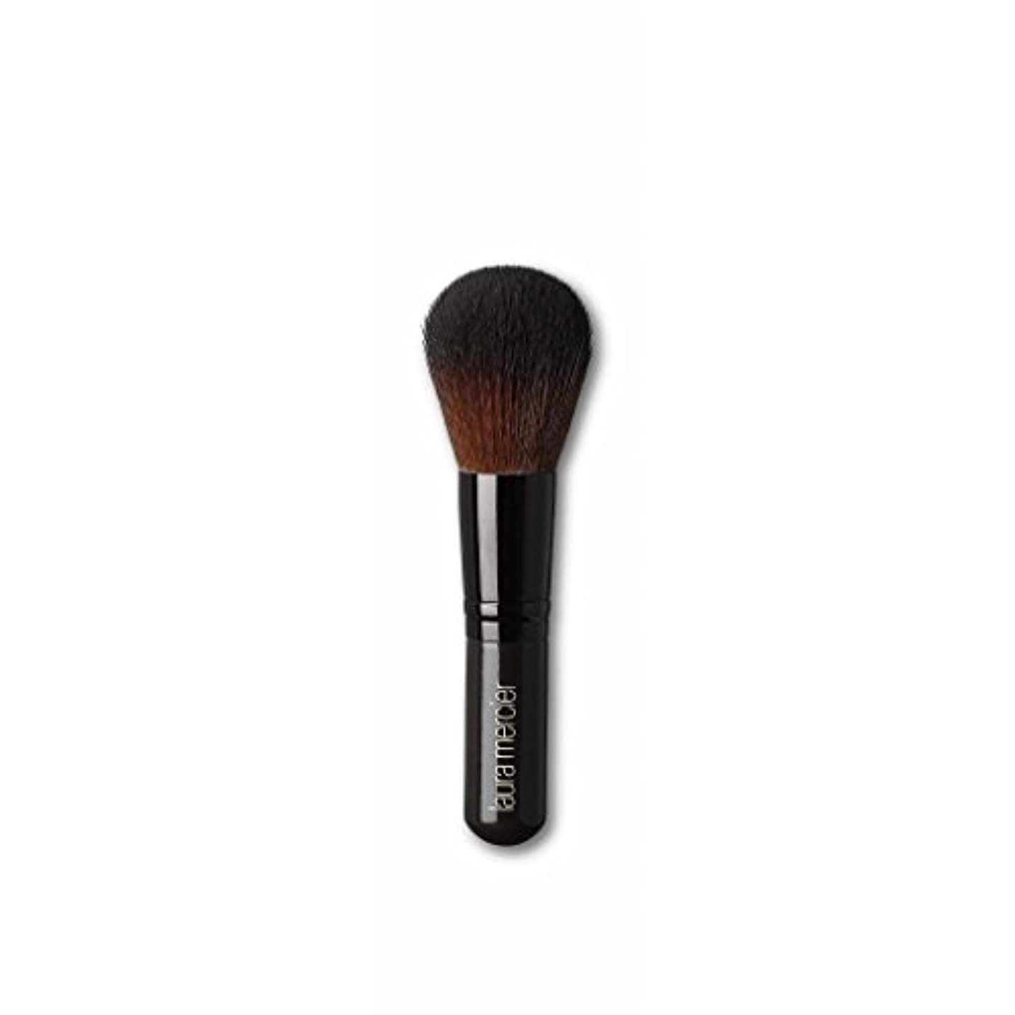 のりどんよりした一人でLaura Mercier Severely Round Head Blending Synthetic Powder Brush