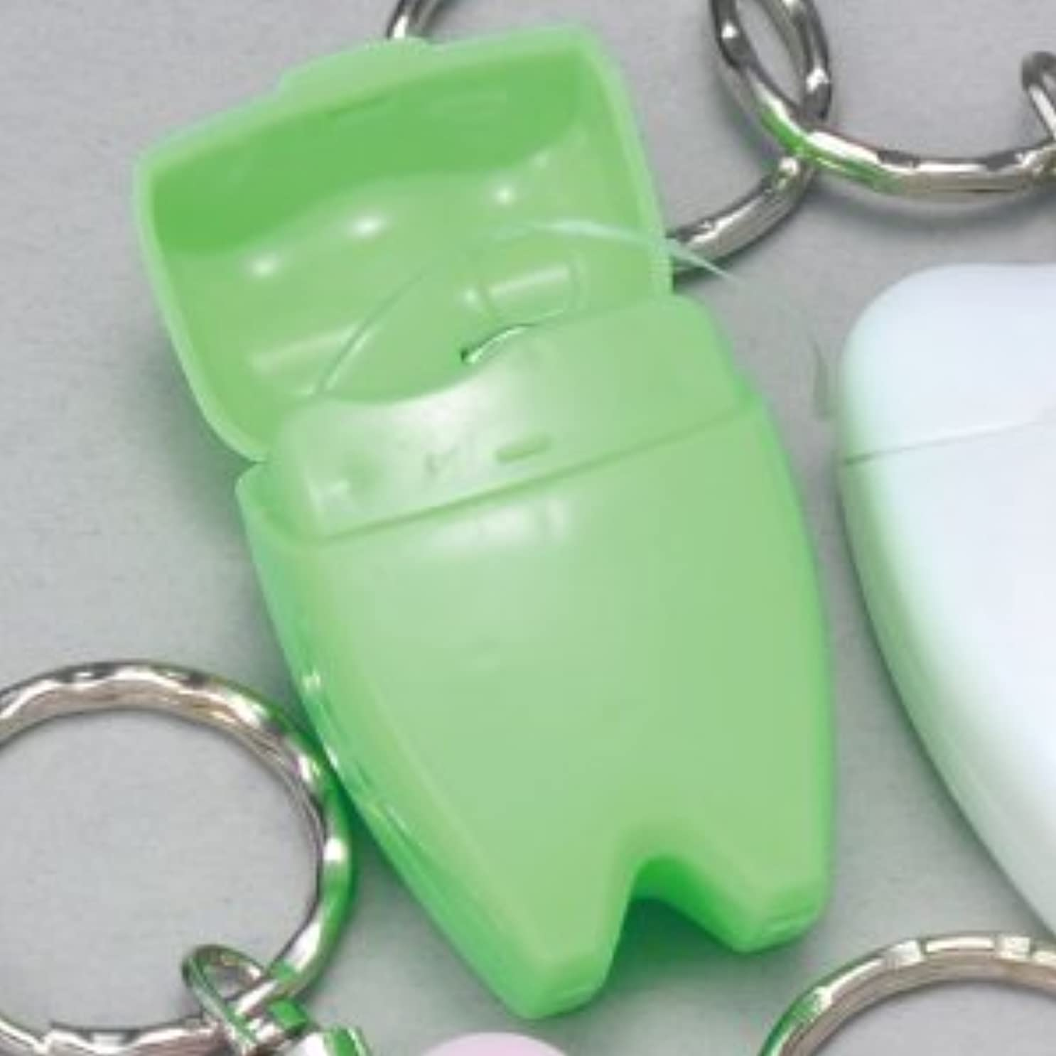 勘違いする救援セージ歯型デンタルフロス キーホルダー グリーン 1個